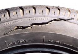 Cuándo cambiar los neumáticos de mi moto