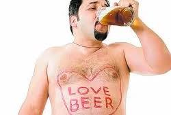 ¿Es verdad que el alcohol engorda?